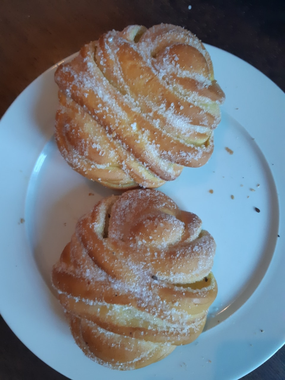 Sugar pastry fresh from Lindquist Konditori (17/4)