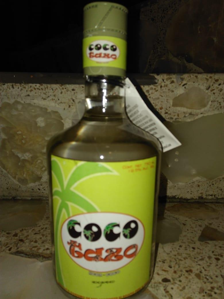 Licor de coco tipo Malibú