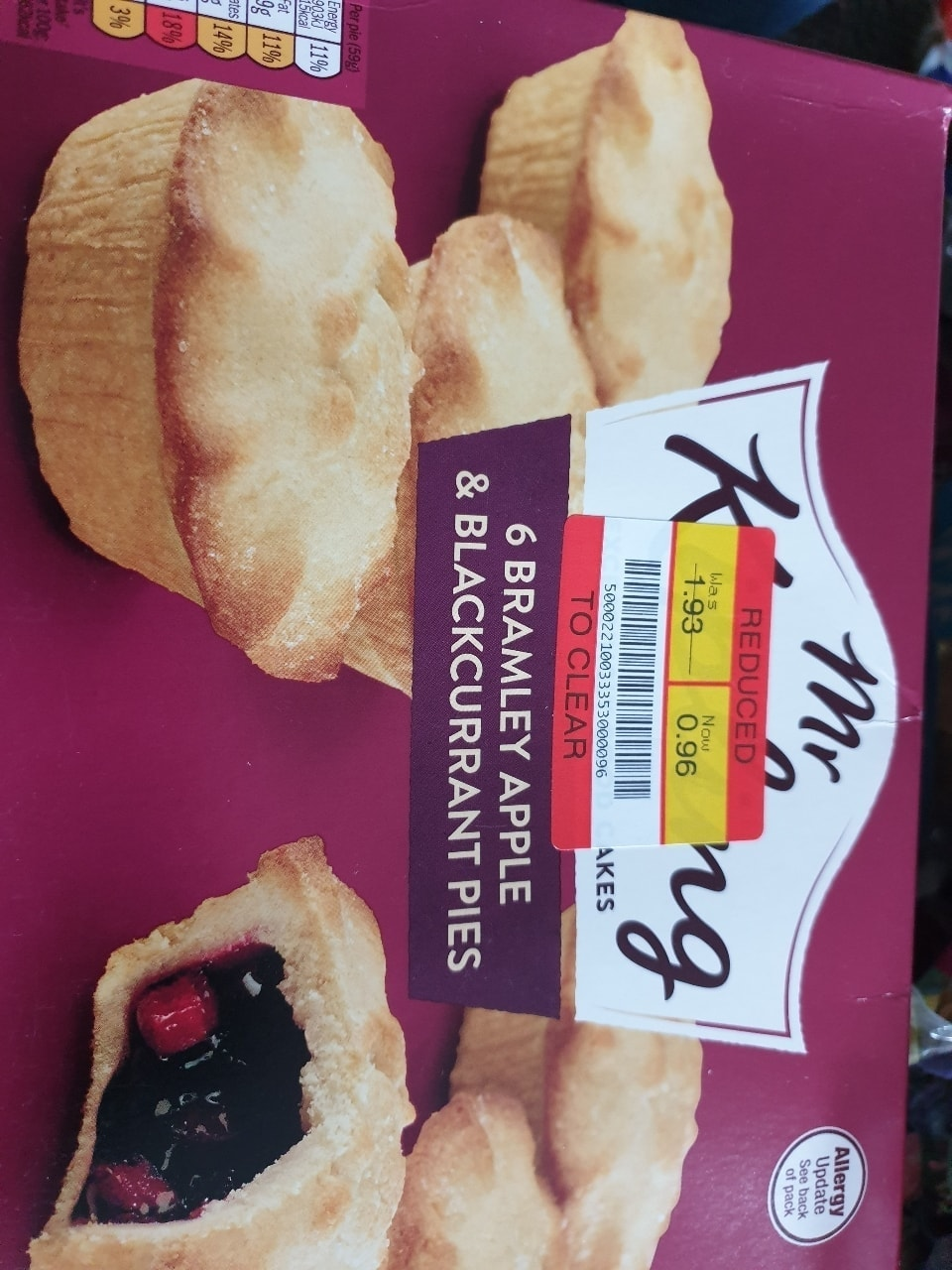 Apple &blackcurrant pies