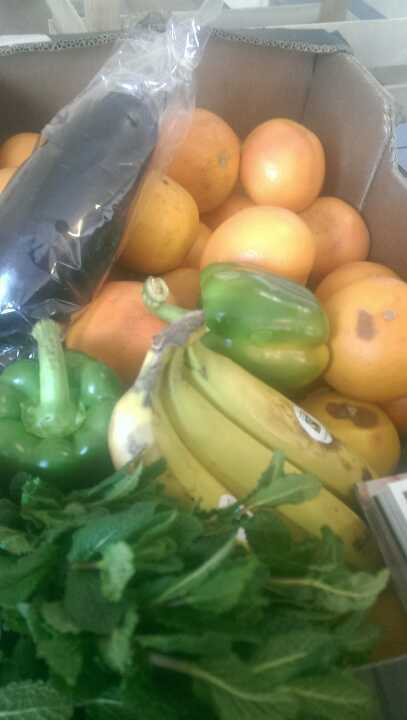 LOTS OF FRUIT AND VEG