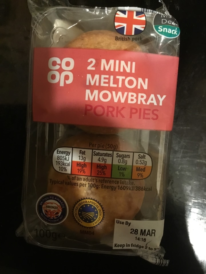 2 mini melton Mowbray pork pies