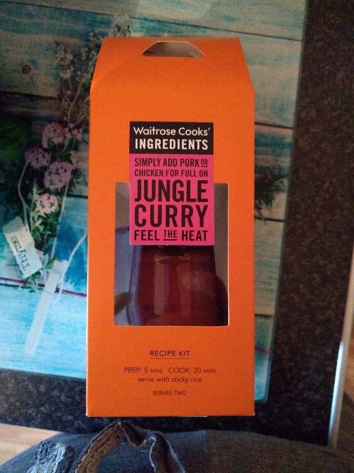 💘 Jungle curry recipe kit. Expires march 2020