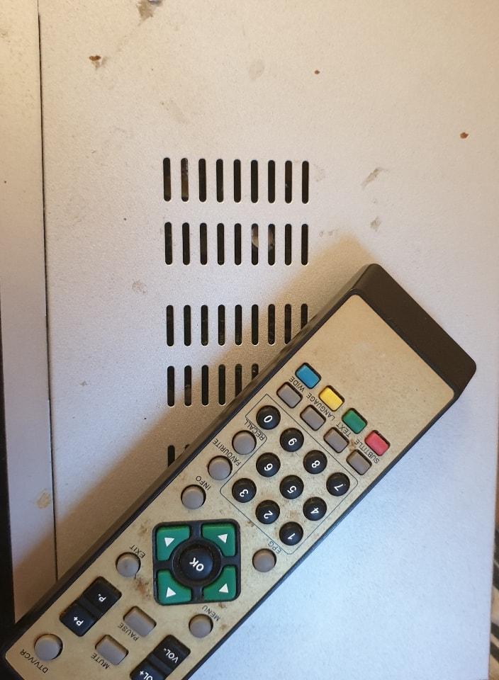 TV reciever with remote