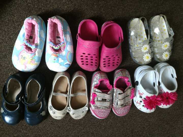 Size 7 girl's shoes