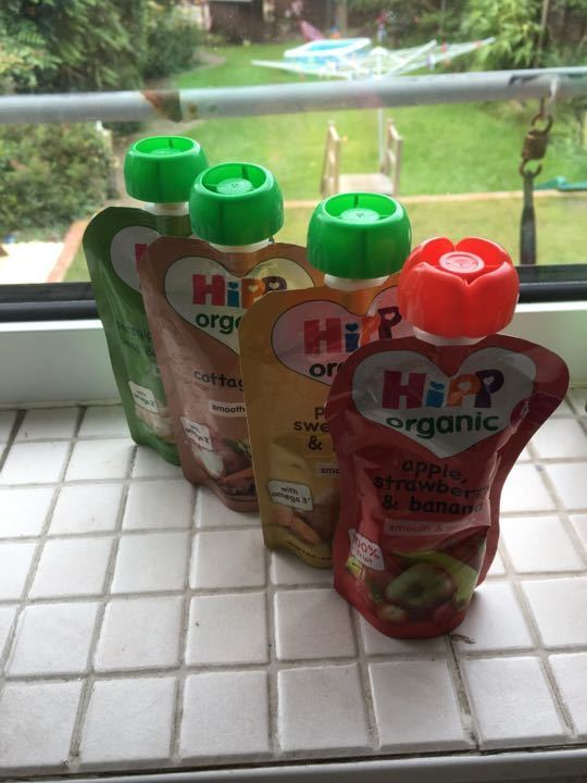 4 Hipp pouches
