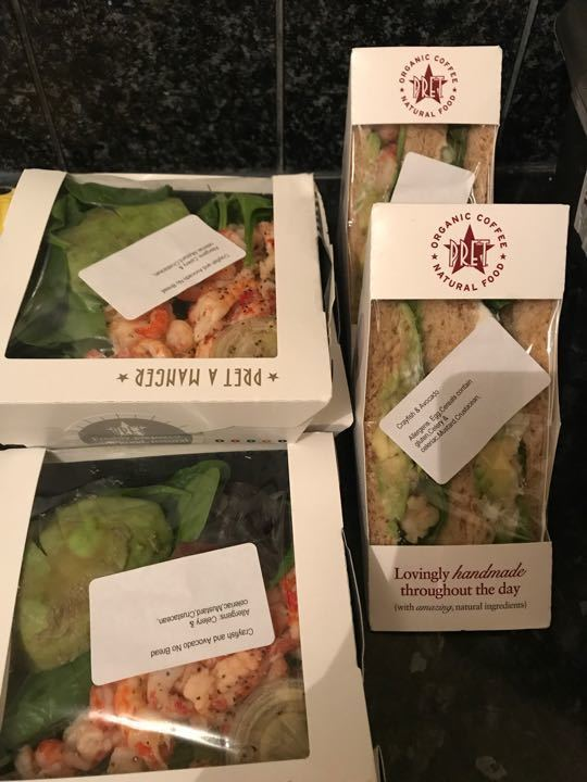Pret crayfish and avocado combo