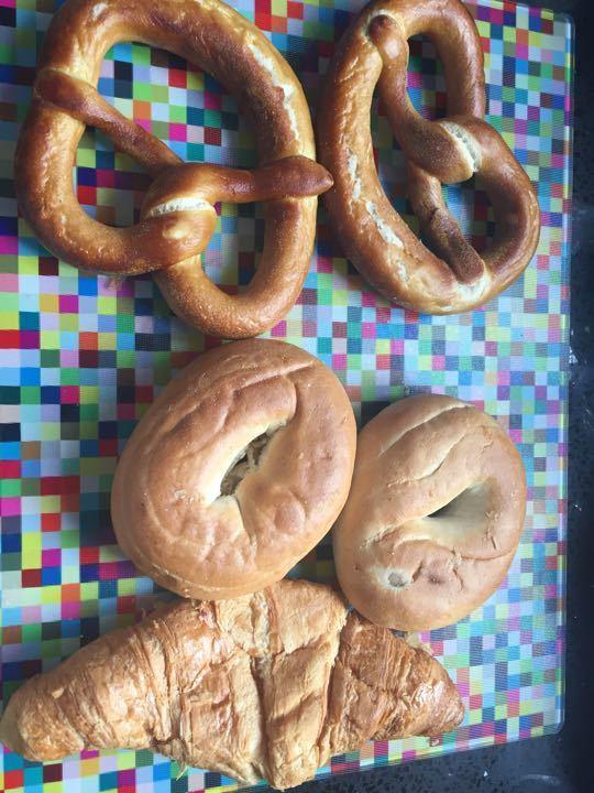 2 bagels, 2 pretzels, 1 crossaint