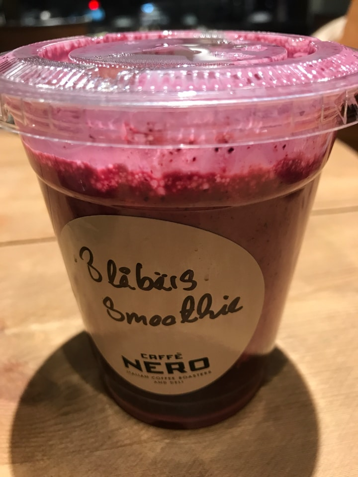 Blueberries smoothie from Caffè Nero (22/02)