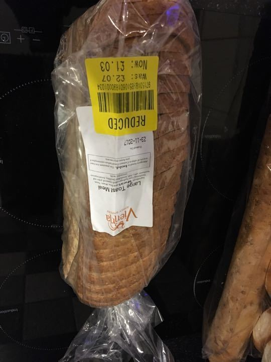 Large toastmeal