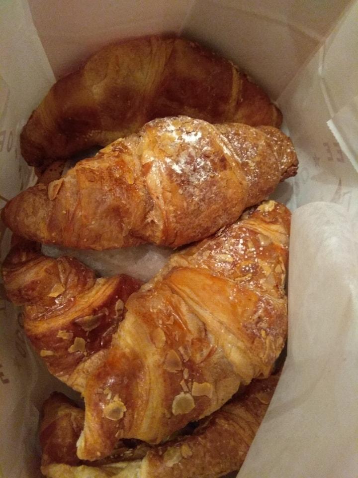Pret A Manger - Croissants