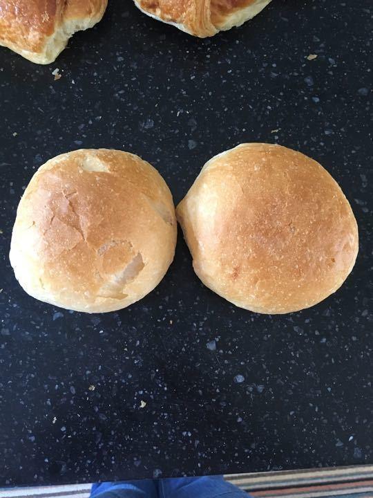 Crispy white rolls