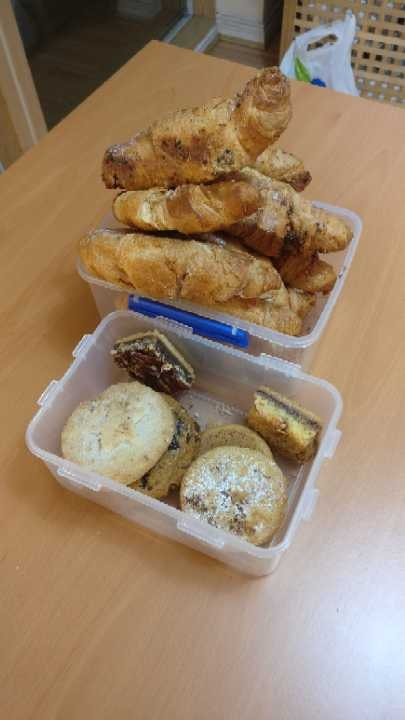 Pret cookies and croissants