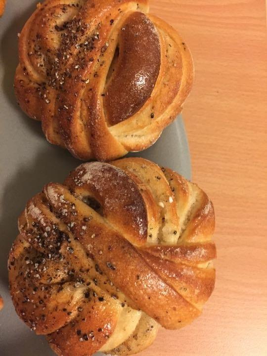 Cardamom buns from Pesso