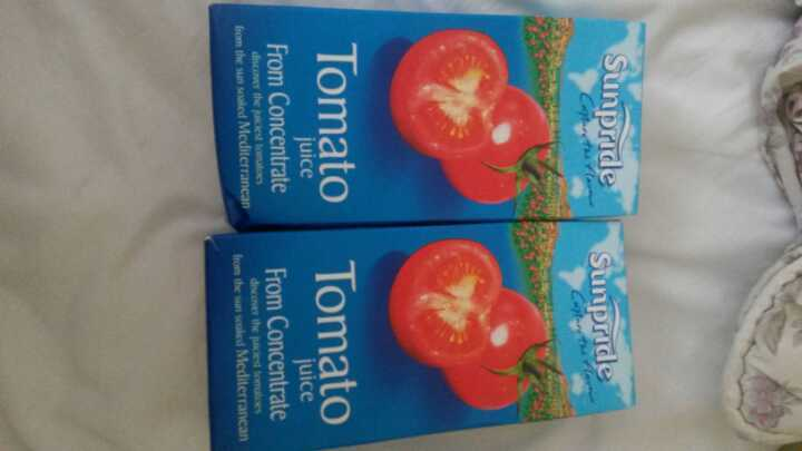1 Litre of Long Life Tomato Juice