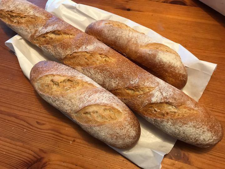 Baguette x 3