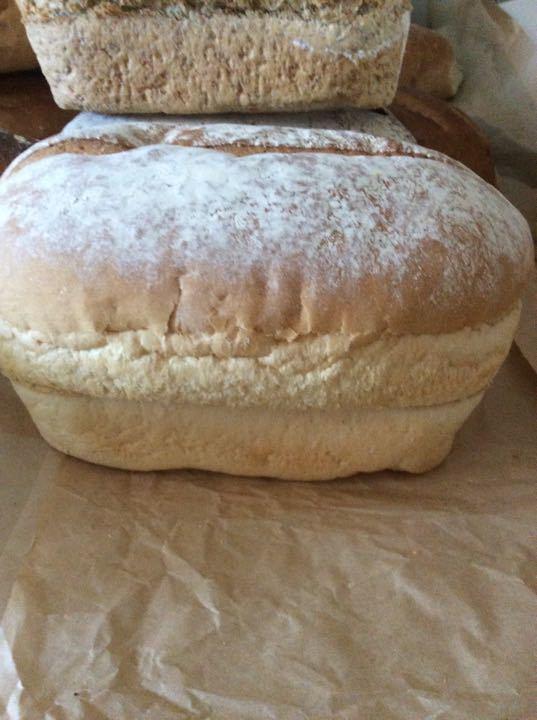 Medium white loaf