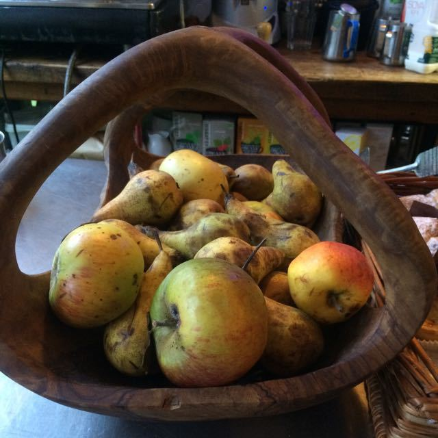 Organic pears, cox and rouge apples about 3 kg to go.