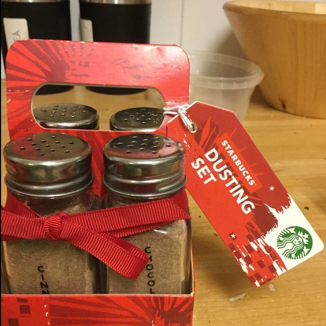 Unopened Starbucks dusting set