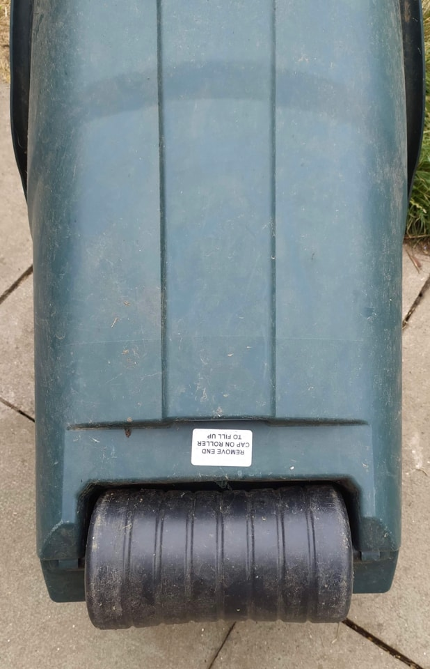 FREE Imperfect dark green hard plastic modern wheelbarrow.collection only
