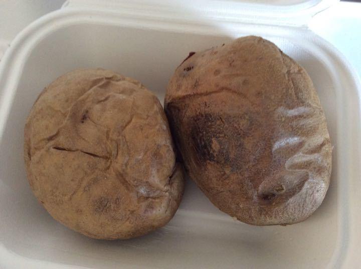 2x jacket potatoes