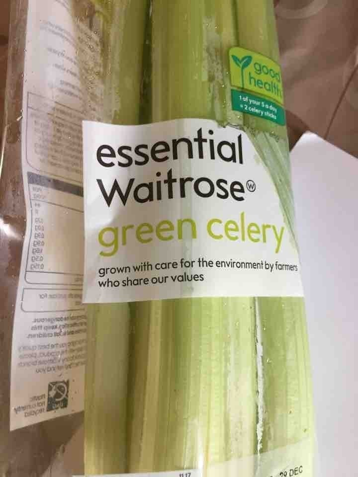 Essentials celery X 30