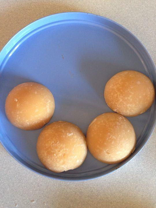 4 chunks of Palm sugar