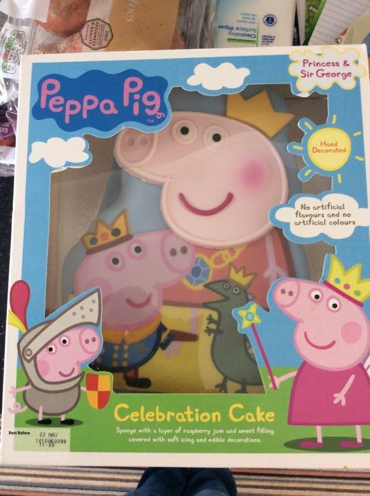 Pepper pig celebration cake