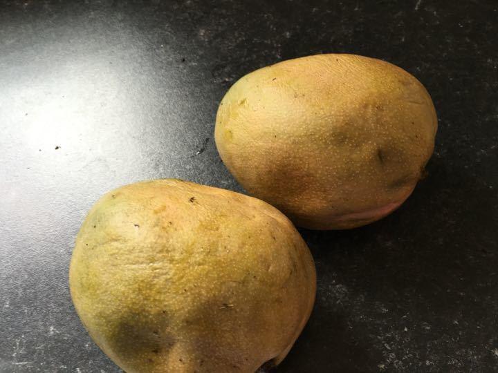 Very ripe mangoes