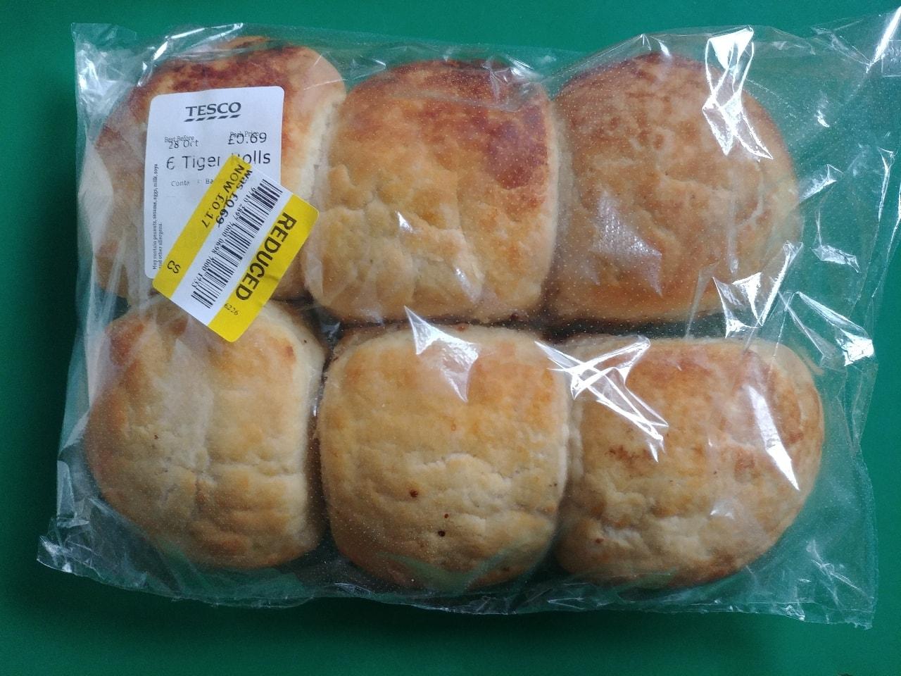 TESCO in store bakery 6 tiger rolls