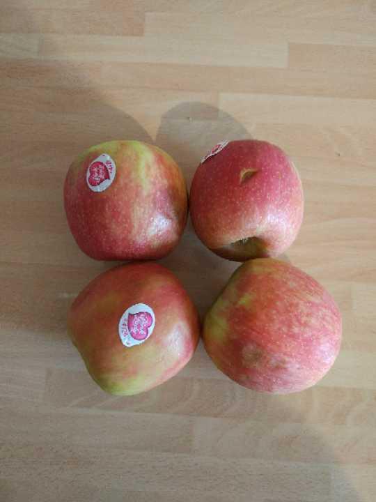 Pink Lady Apples (Bruised)