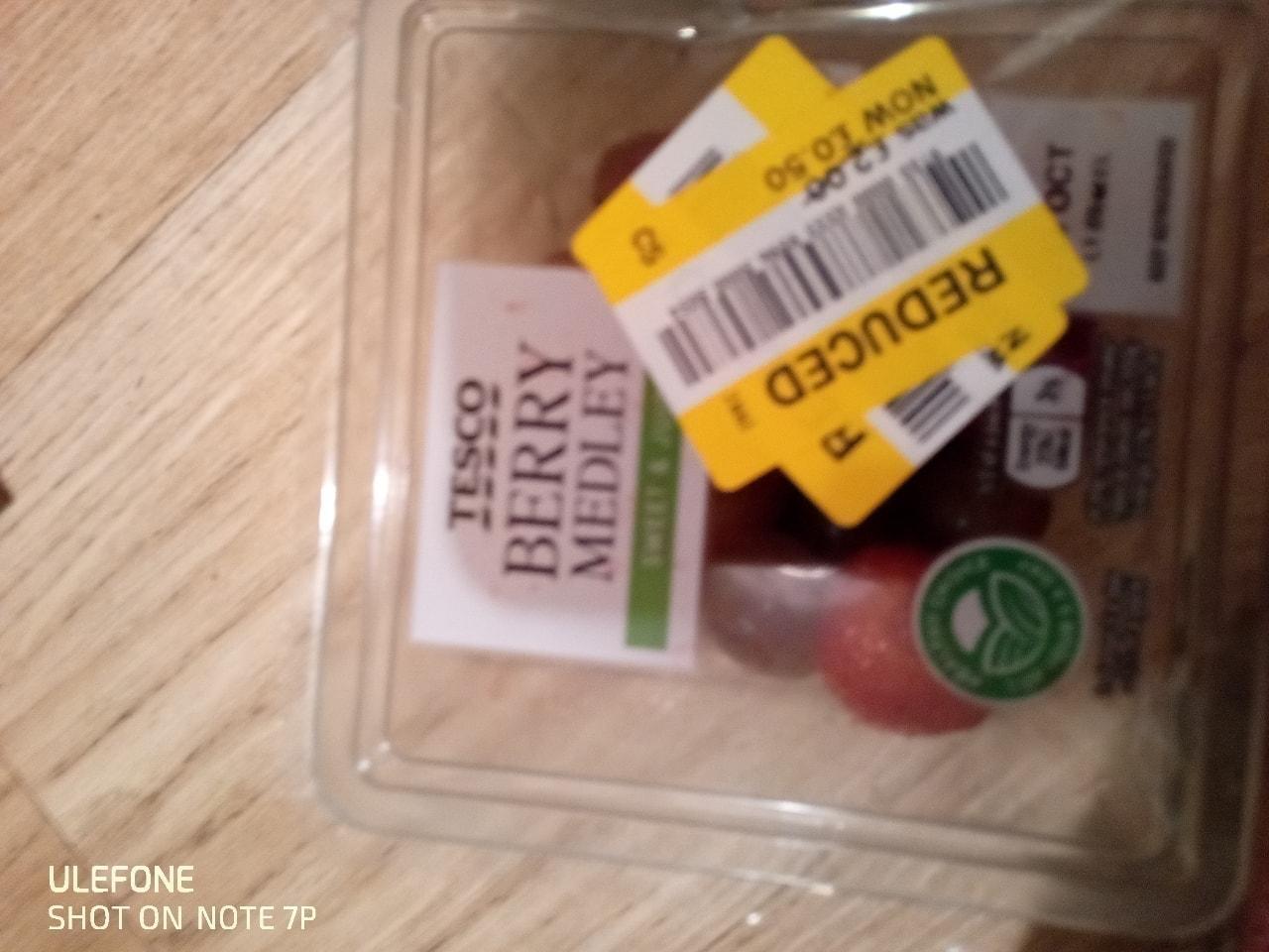 Fruit berry pot