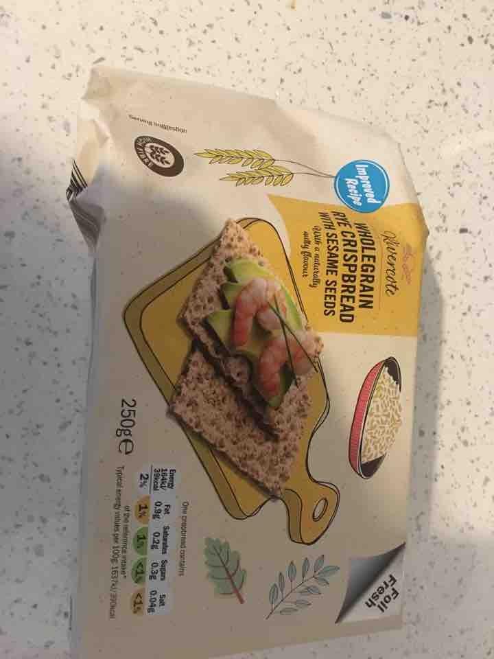 Wholegrain Rye crispbread with sesame seeds