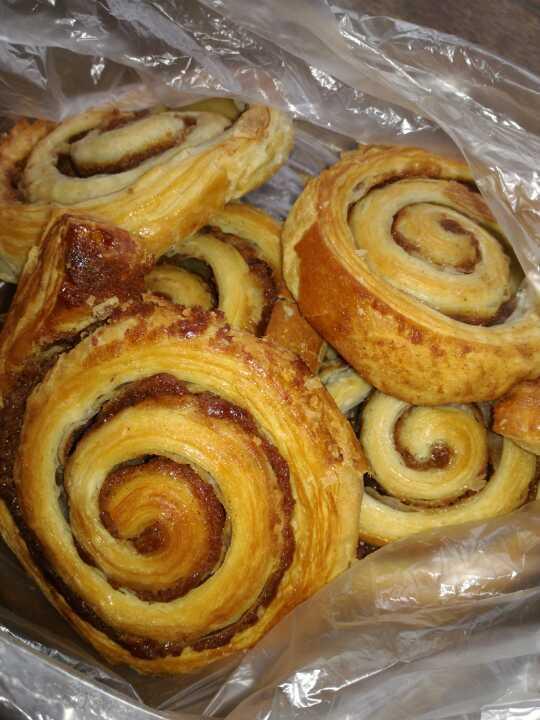 5 cinnamon whirls