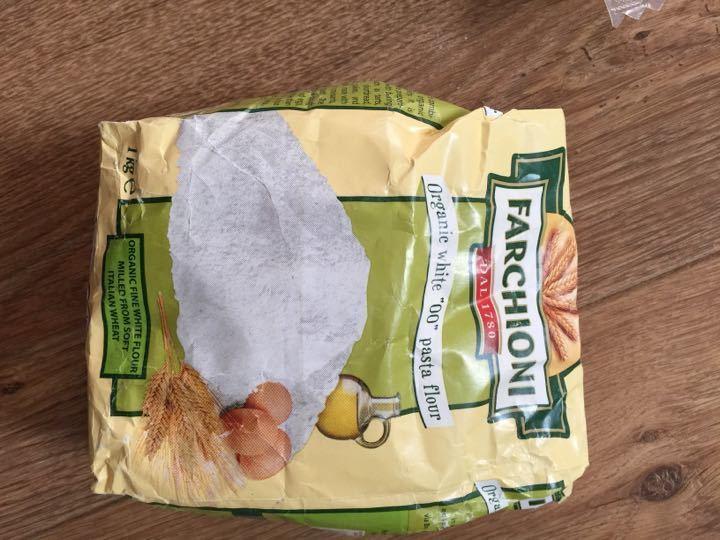 Italian organic pasta flour