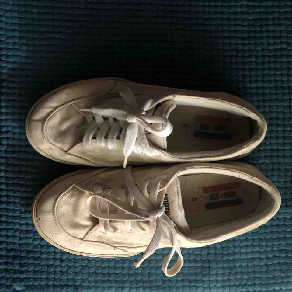 North Star US 8 Canvas Shoes