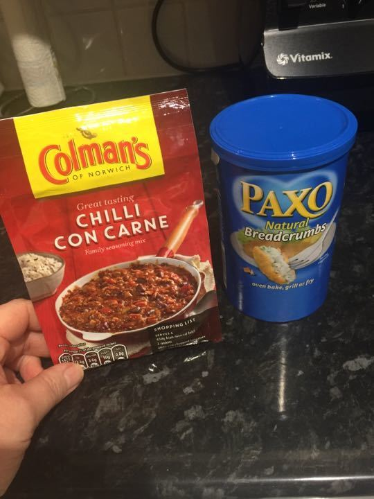 Chilli mix and breadcrumbs