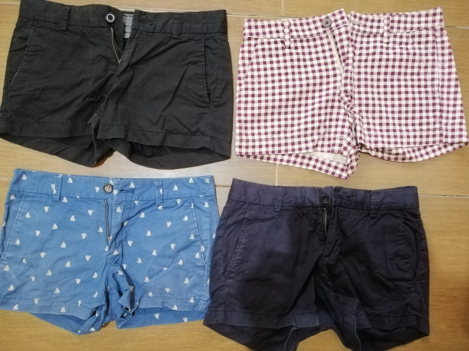 Preloved Uniqlo ladies shorts in good condition