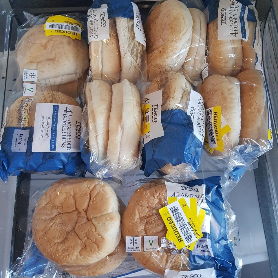 Burger buns bb 13/04