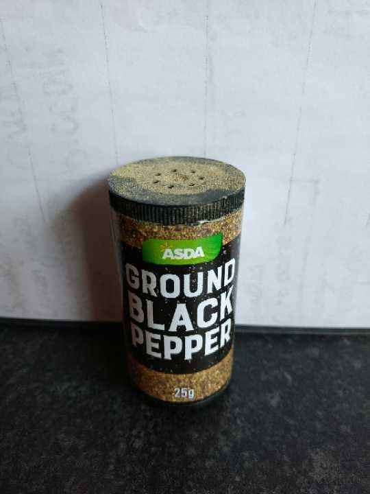 Ground black pepper.