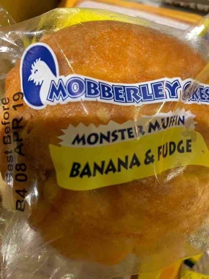 Banana and fudge muffins
