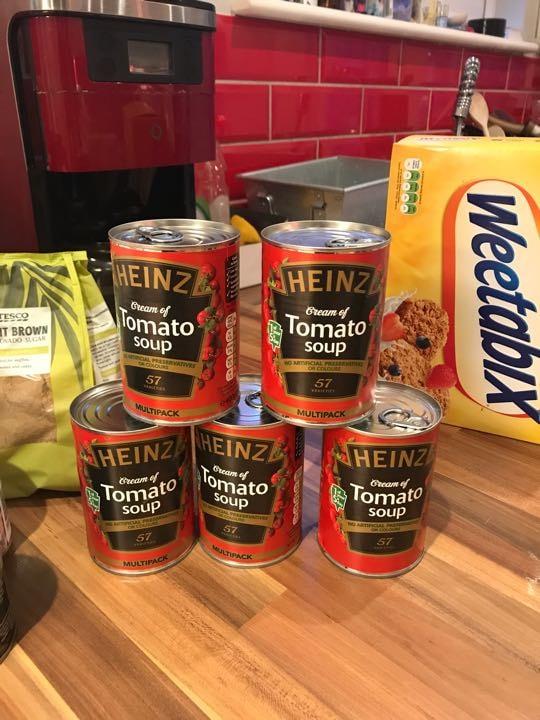 5 tins Heinz tomato soup
