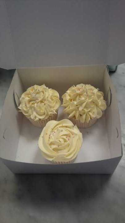 3 vanilla cupcakes used for class demo - Angel Food kitchen
