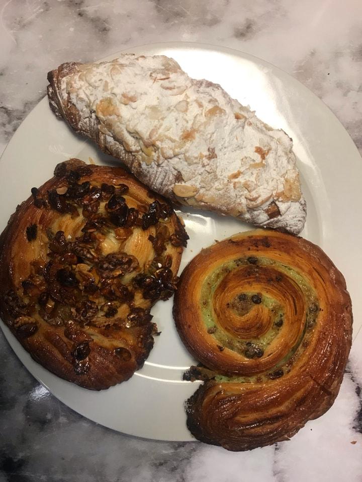 Fresh pastries (4/5)