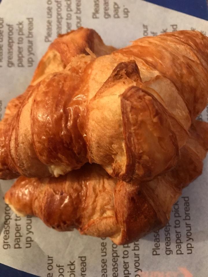 Tesco freshly baked croissants