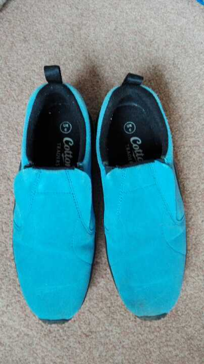 Hardly worn cotton traders blue shoes