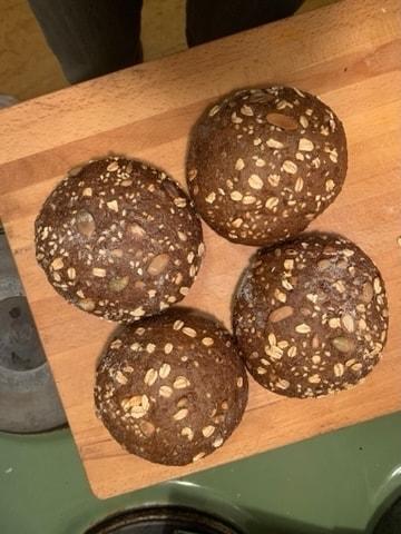 Bread roll x4 - PESSO 30/3