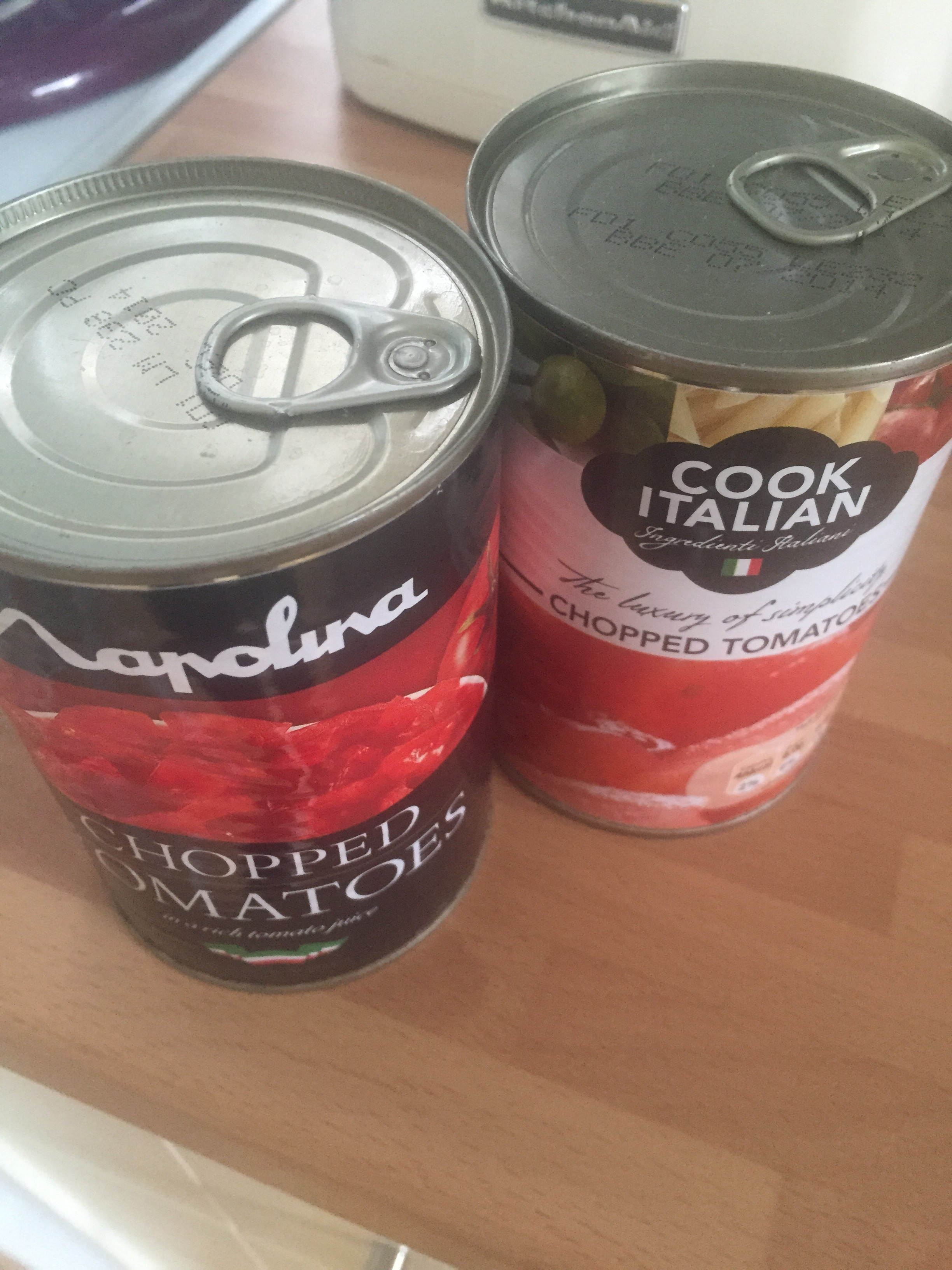 2 tins of chopped tomatoes