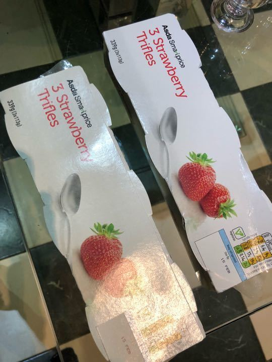 3 pack Strawberry trifles x 3