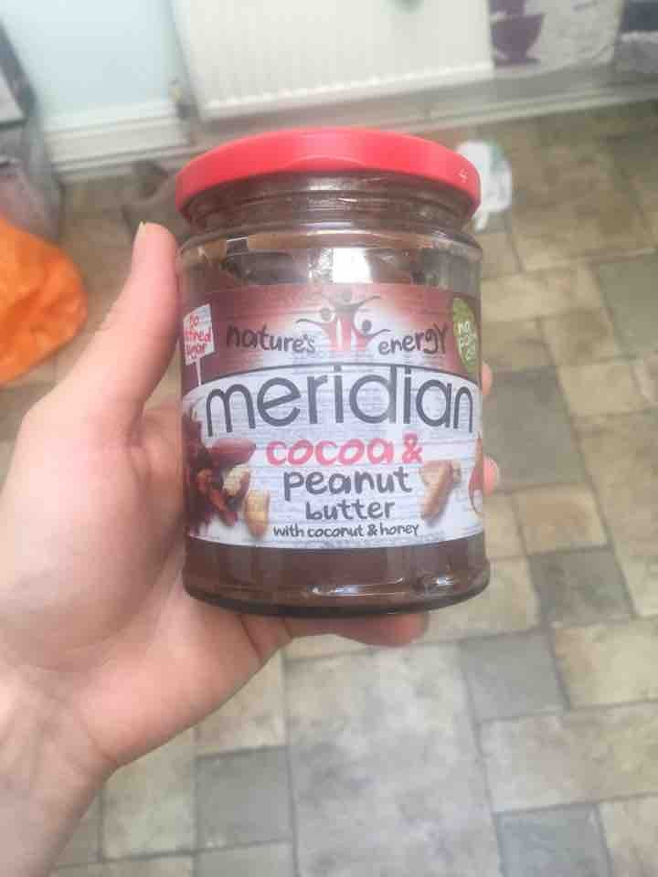 Cocoa and peanut butter spread