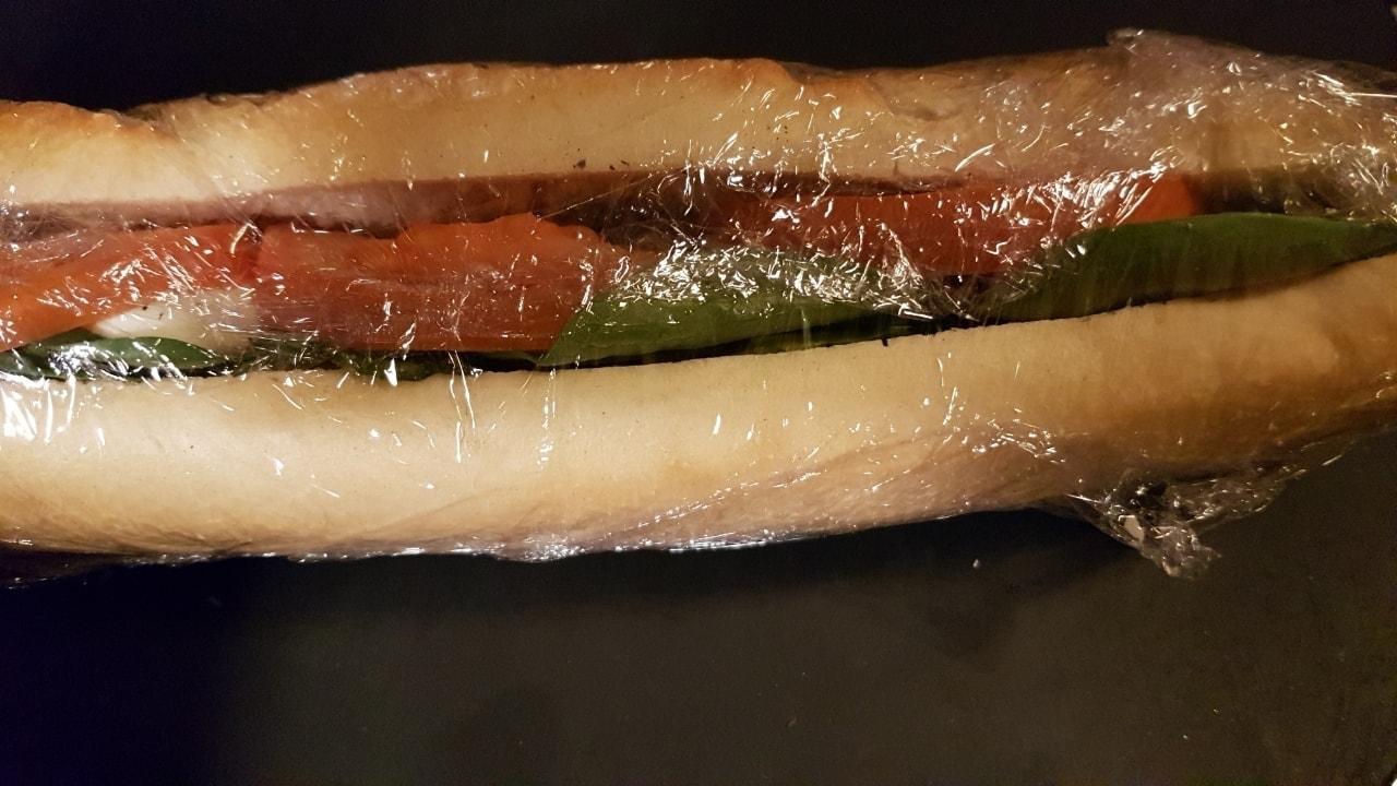 Mozzarella baguette